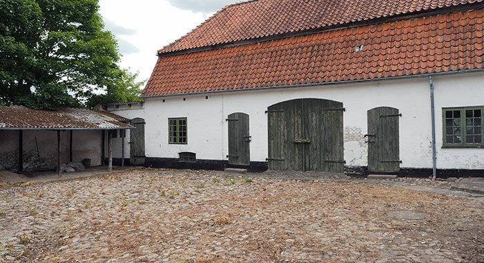 Gården ved Ruths hus